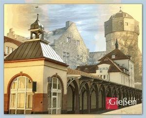 Marktlauben mit Altem Schloss