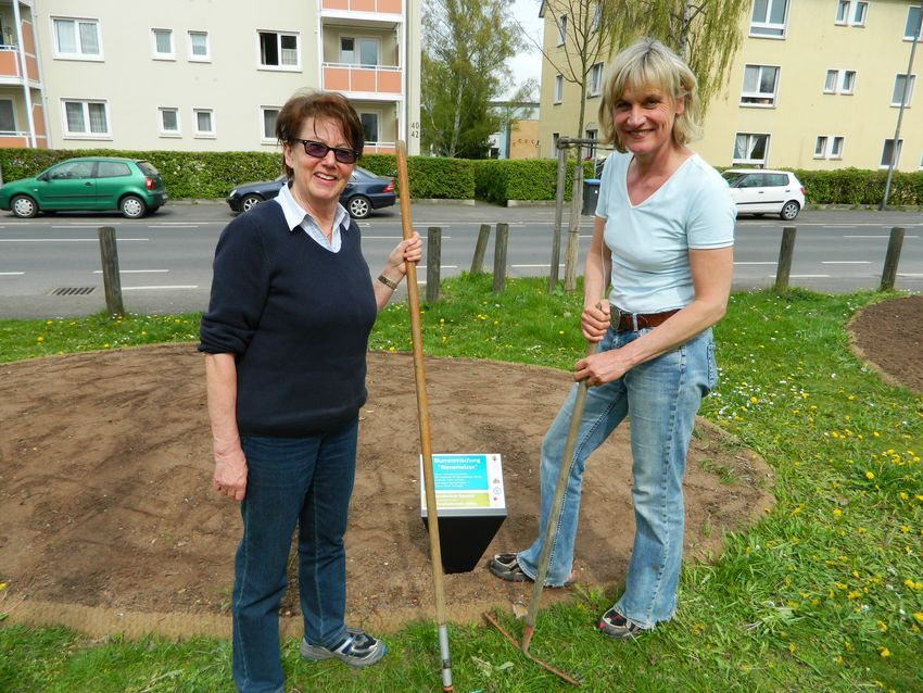 Aktive der Hundeschule Paparone und des Tierschutzvereins Gießen