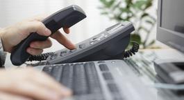 Telefon und Tastatur