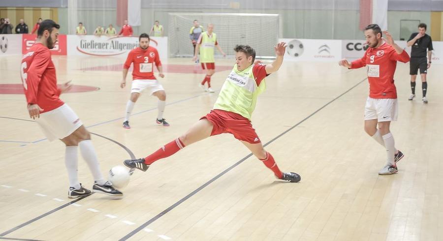 Spielszene beim Fußball-Stadtpokal 2014