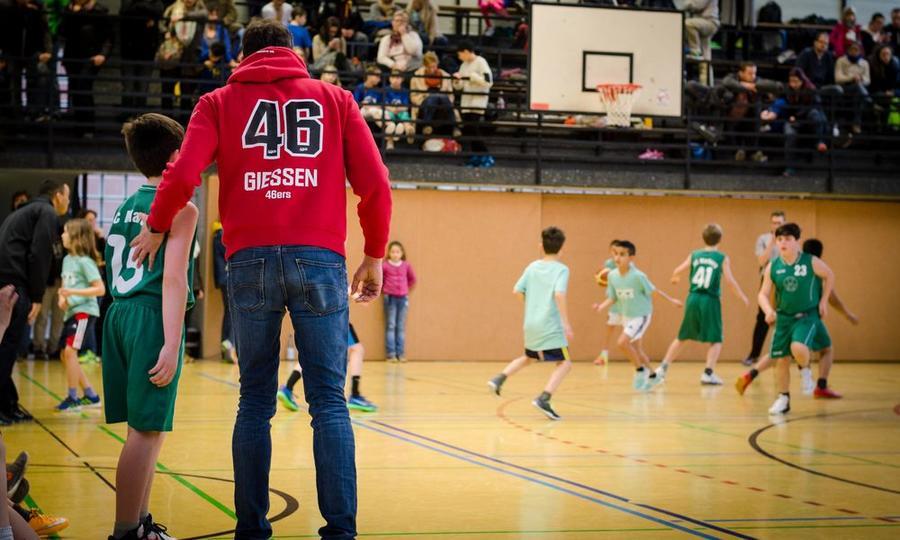 46ers-Grundschul-AG-Turnier im Schulsportzentrum Gießen-Liebigschule