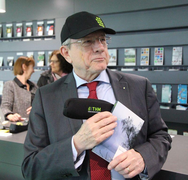 Hochschulpräsident Prof. Dr. Günther Grabatin