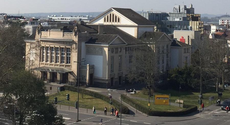 Blick auf das Stadttheater