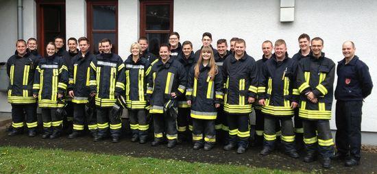 Teilnehmer am Atemschutzgeräteträgerlehrgang bei der Berufsfeuerwehr Gießen