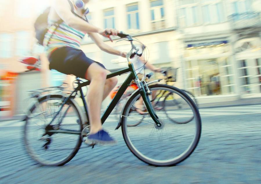 Fahrradfahrer in einer Stadt