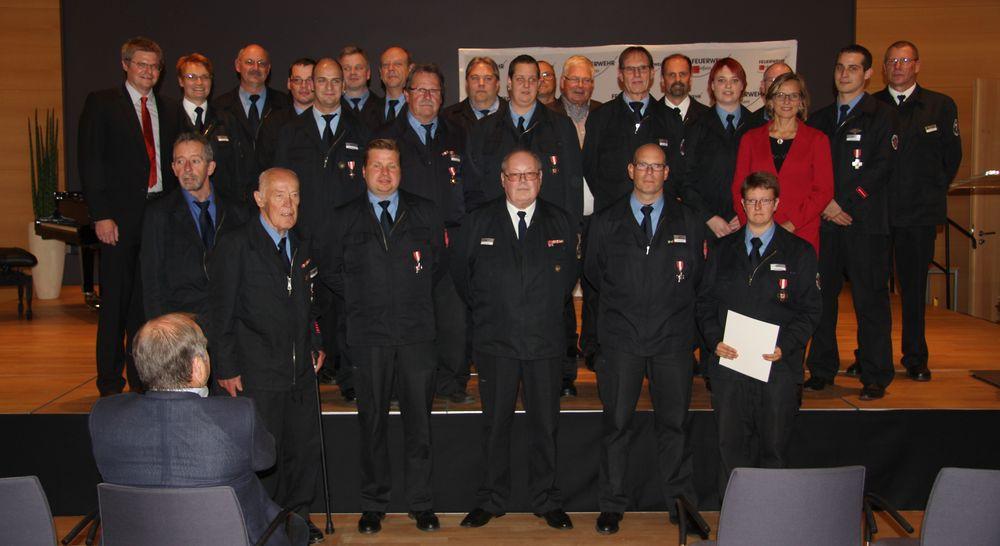 Geehrte Feuerwehrangehörige 2016
