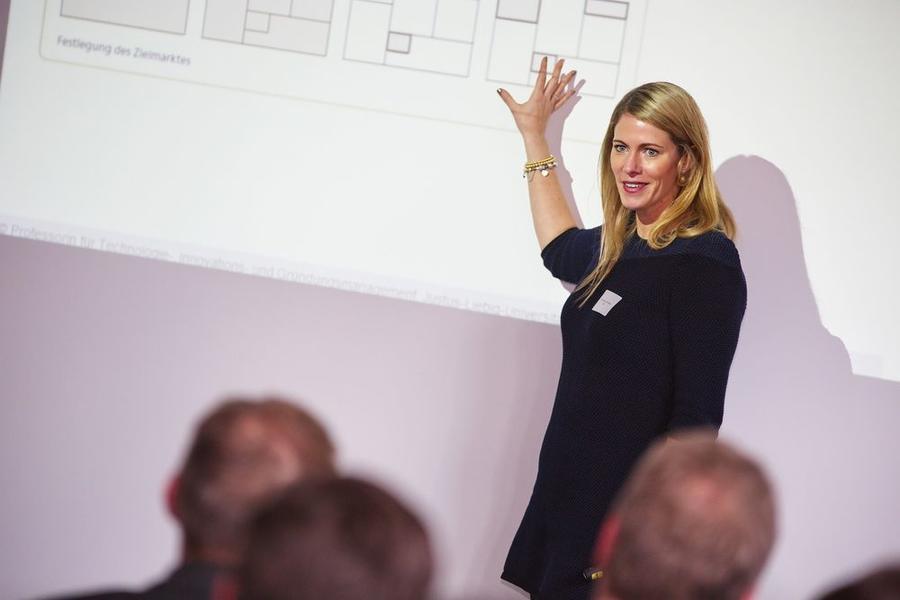Professor Dr. Monika Schuhmacher bei ihrem Impulsvortrag beim 3. Gießener Existenzgründertag