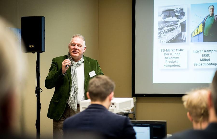 Frank Rehme referiert beim Breitband-Camps Mittelhessen 2016