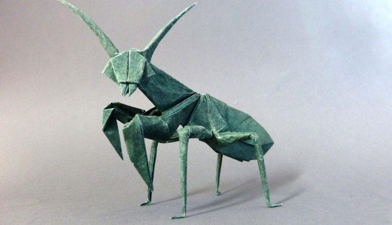 Bodo Haag - Gottesanbeterin - Origamifigur im Mathematikum