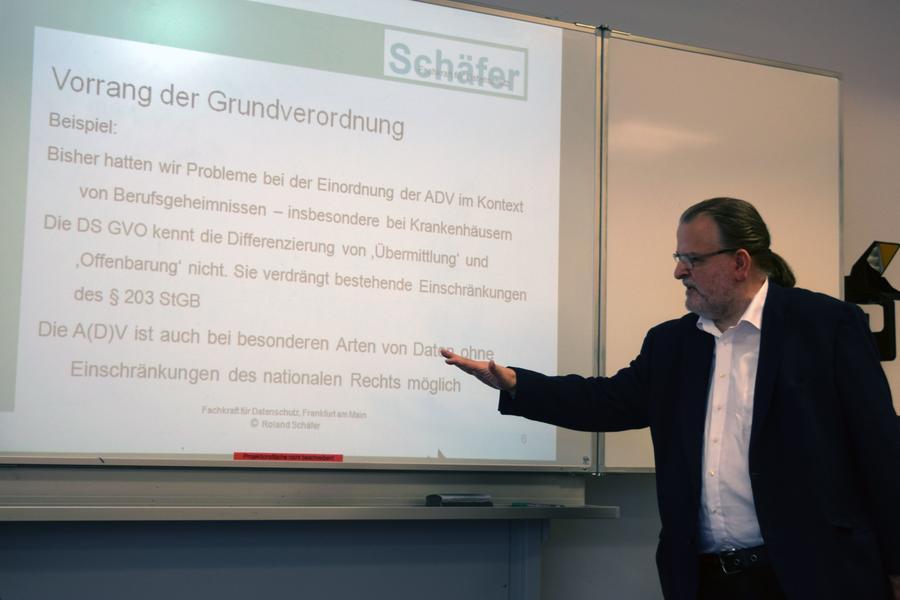 Roland Schäfer erläutert die neue EU-Datenschutz-Grundverordnung