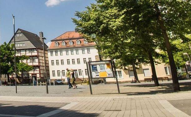 Leibsches und Wallenfelsches Haus am Kirchenplatz