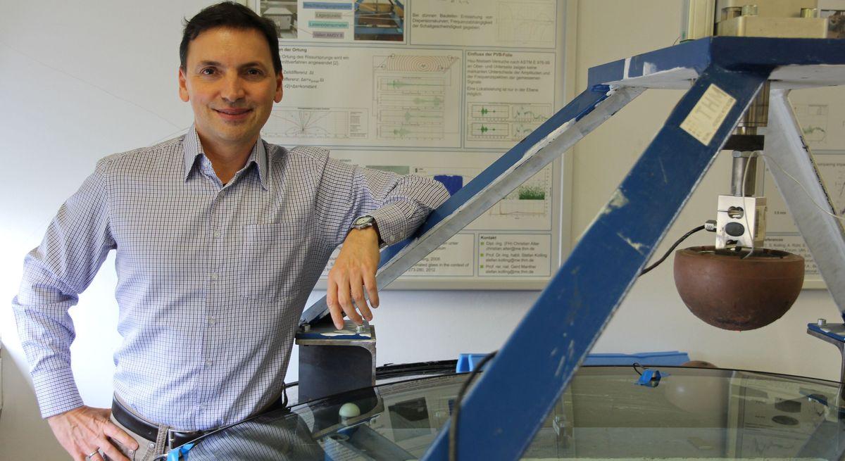 Stefan Kolling in einem Labor