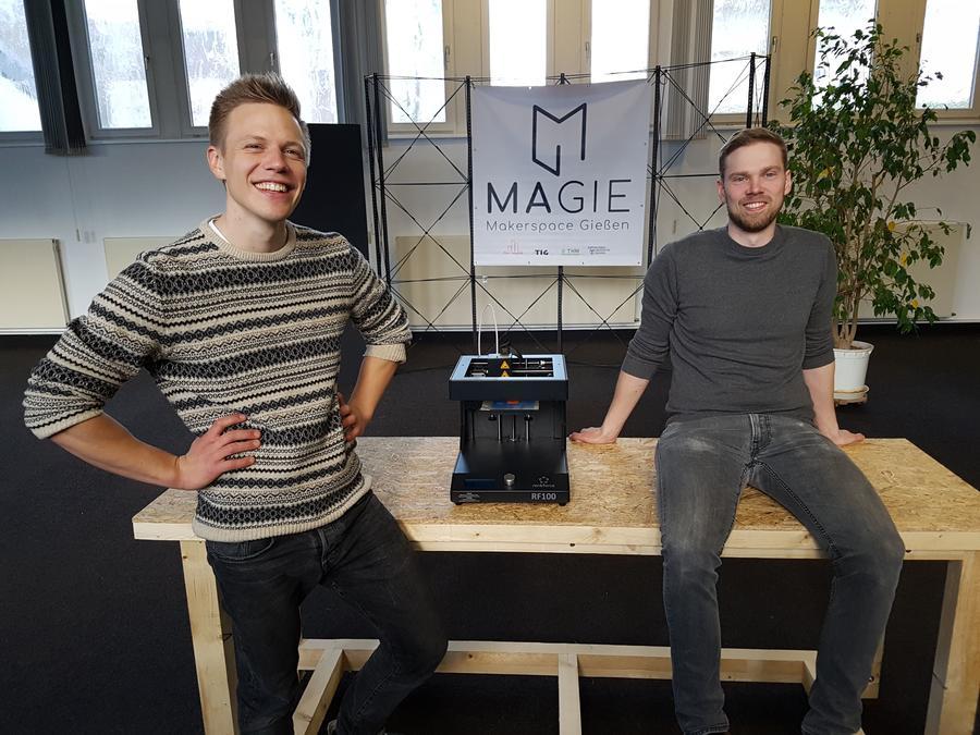 Johannes Schmid und Nils Seipel, Gründer und Geschäftsführer von flux-impulse