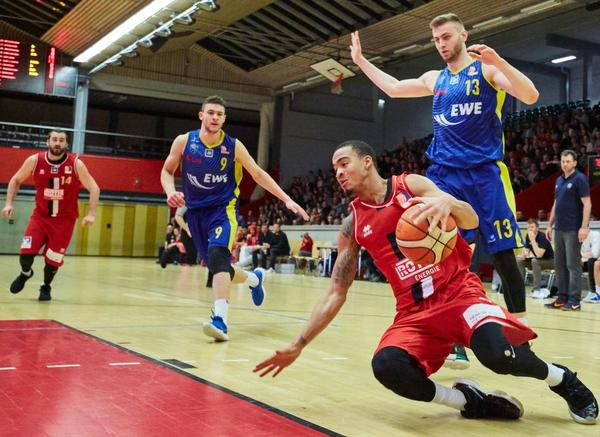 Giessen 46ers Rackelos vs Oldenburg