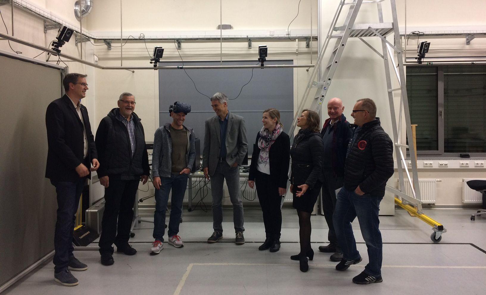 Sportkommission zu Besuch im JLU Sportinstitut Kugelberg - Gruppenbild
