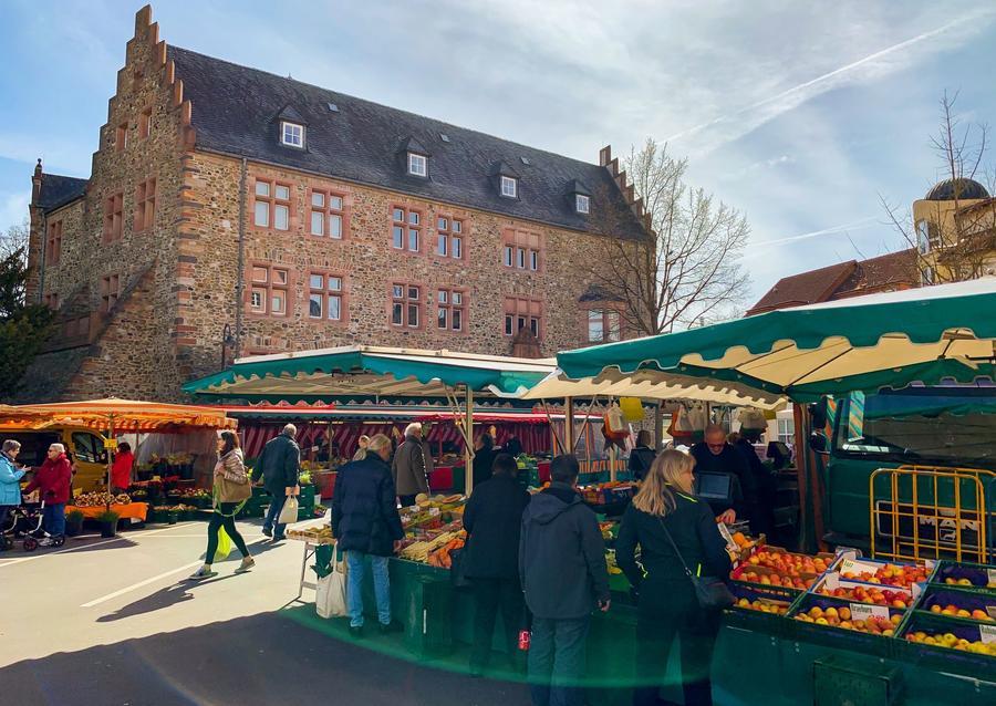 Wochenmarkt am Brandplatz