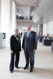Katja Knabel und Dr. Helge Braun
