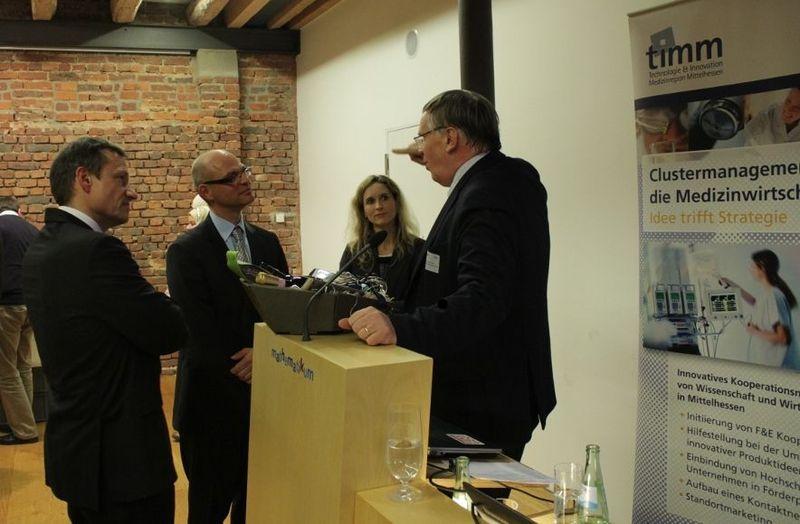 (v. l. ) Dr. Peter Stumpf (timm), Dr. Thomas Niemann (Hessen Biotech), Dr. Iris Stallkamp (timm), Prof. Dr. Jörg Vienken (Fresenius Medical Care)